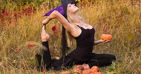 10/31 Howl-oween Yoga Flow
