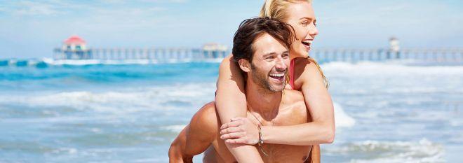 Mobile: Couple On Beach Near Pier