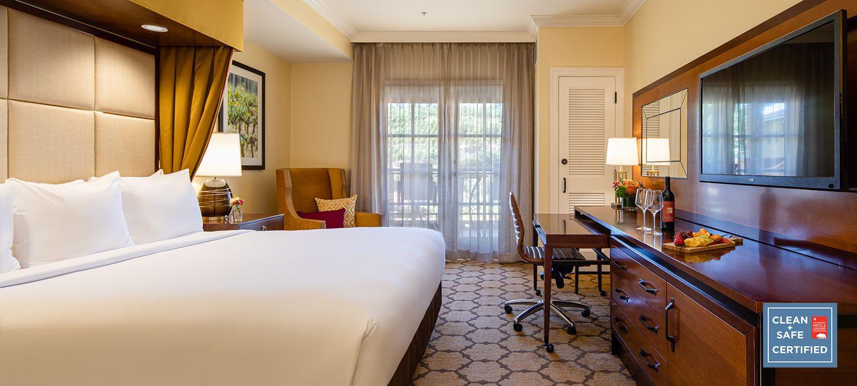 Premier Hotel Room With Vineyard View