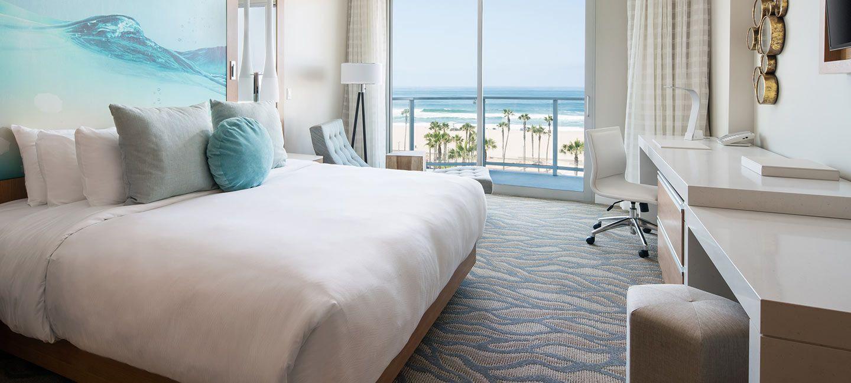 Oceanfront King Room In Huntington Beach